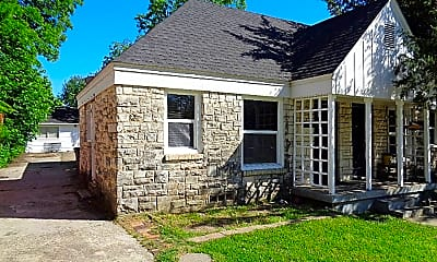 Building, 2508 Roanoke Ave, 2