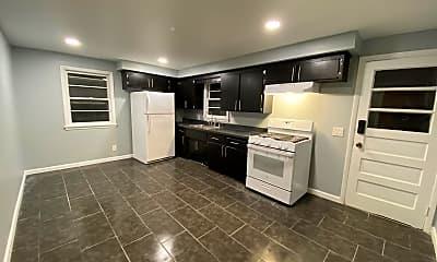 Kitchen, 709 Ramona St, 1