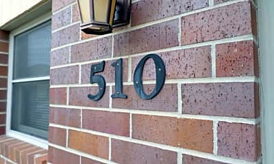 Community Signage, 510 Humboldt St, 1