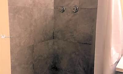 Bathroom, 4924 SW 44th Ave 3, 2