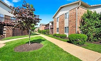 Building, Deerfield Apartments, 2
