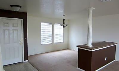 Living Room, 729 Northern Lgts, 1