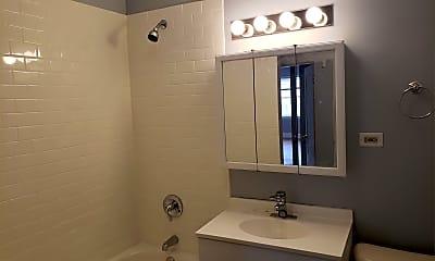 Bathroom, 7950 Ogden Ave, 2