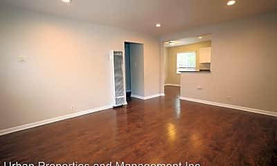 Living Room, 1124 King St, 1