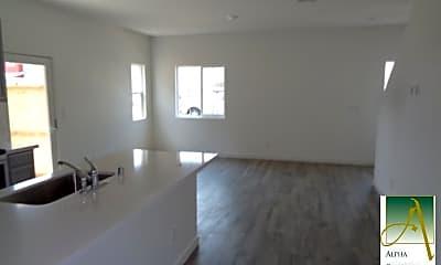 Living Room, 5080 Cumberland Dr, 1