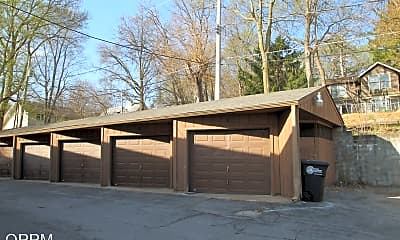 Building, 8620 N 31st St, 1