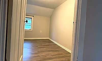 Bathroom, 2737 Hamilton St, 2