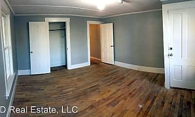 Bedroom, 4 N State St, 1