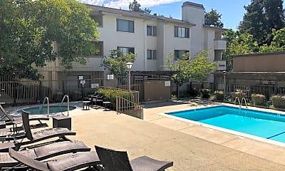 Pool, 39993 Fremont Blvd, 2