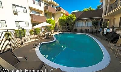 Pool, 4950 Coldwater Canyon Ave, 0