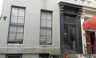 Building, 912 St Paul St, 0