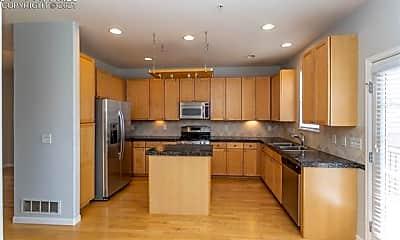 Kitchen, 333 E Las Animas St, 1
