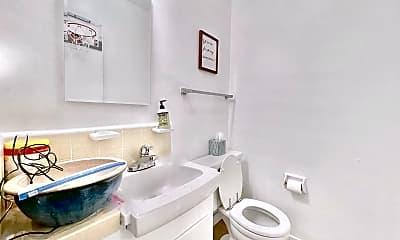 Bathroom, 1015 S Westgate Ave, 2