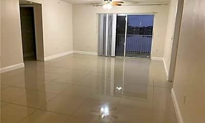 Kitchen, 5054 Wiles Rd, 1