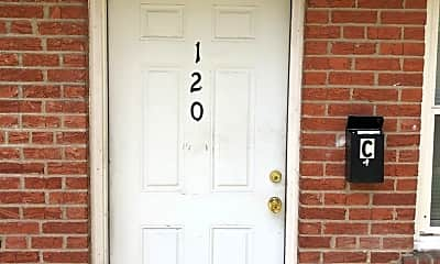 Community Signage, 120 Bellerive Blvd, 1