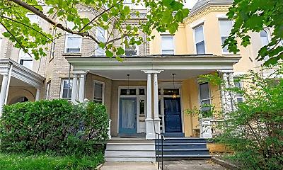 Building, 1621 W Grace St, 0