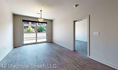 Living Room, 142 Magnolia St, 1