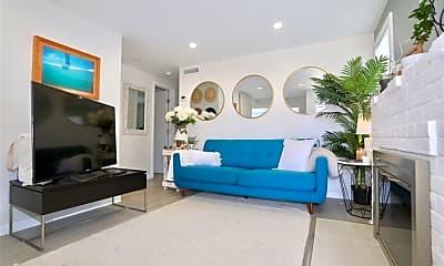 Living Room, 662 S Coast Hwy C, 0