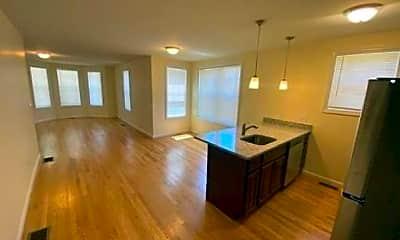 Living Room, 25-27 Callender St, 1