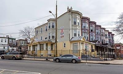 Building, 3315 N Park Ave 3, 2