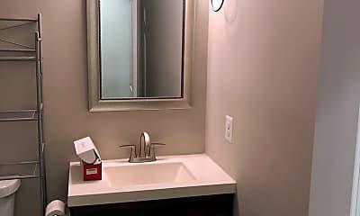 Bathroom, 125 W Randall St, 2