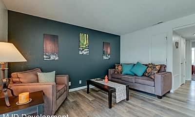 Living Room, 444 Kirman Ave, 0