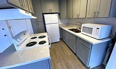 Kitchen, 818 S King St, 1