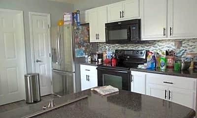Kitchen, 204 Bear Trail, 1