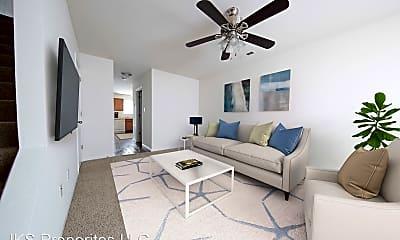 Living Room, 1550 N Washington St, 0