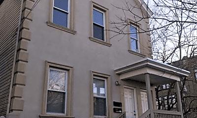Building, 98 Warren St, 1