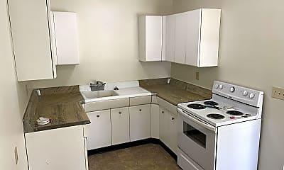Kitchen, 404 7th St S, 0