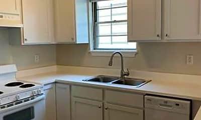 Kitchen, 636 Broadway St, 1