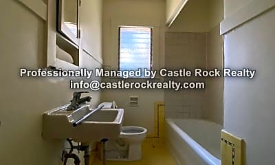 Bathroom, 210 Ridgeway Ave, 2