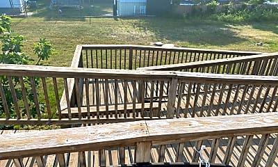 Patio / Deck, 340 E Rd, 2