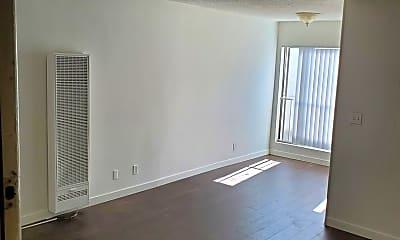 Living Room, 11728 Avon Way, 1