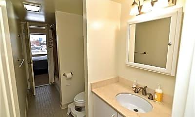 Bathroom, 127 Greyrock Pl 813, 2