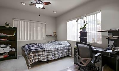 Bedroom, 5440 Hermitage Ave, 2