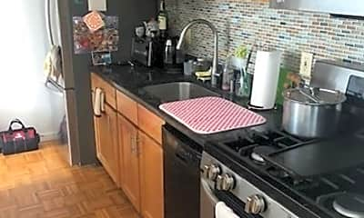 Kitchen, 405 Great Rd 5, 0
