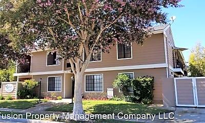 Building, 127 W Cypress St, 2