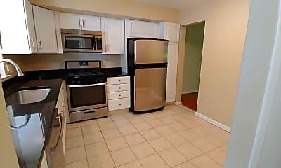 Kitchen, 17 Bellows Ct, 1