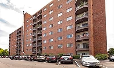 Building, 230 Willard St 808, 1