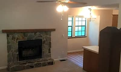 Living Room, 5831 Old Bainbridge Rd, 0