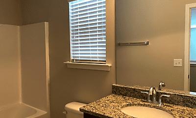 Bathroom, 332 Beacons Field Rd, 2