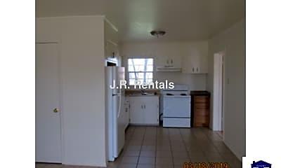 Kitchen, 203 W Bobwhite Ln, 2