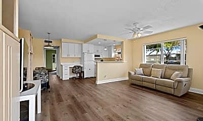 Living Room, 327 Windsor O, 0