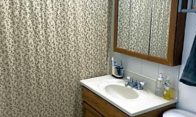 Bathroom, 4870 N Talman Ave, 2