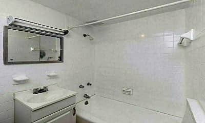 Bathroom, 28 W 88th St, 2