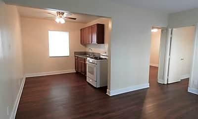 Kitchen, 3384 Santa Fe Ave, 0