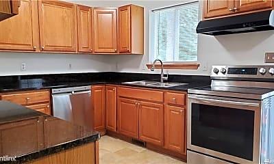 Kitchen, 2901 S 76th St, 1