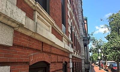 Franklin Square House, 2